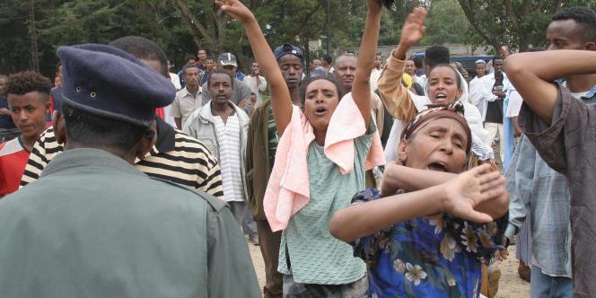 Manifestation en 2005 contre la victoire du Front démocratique révolutionnaire du peuple éthiopien (FDRPE), toujours au pouvoir.