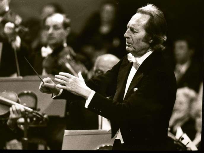 Le chef d'orchestre italien Carlo Maria Giulini en 1989.