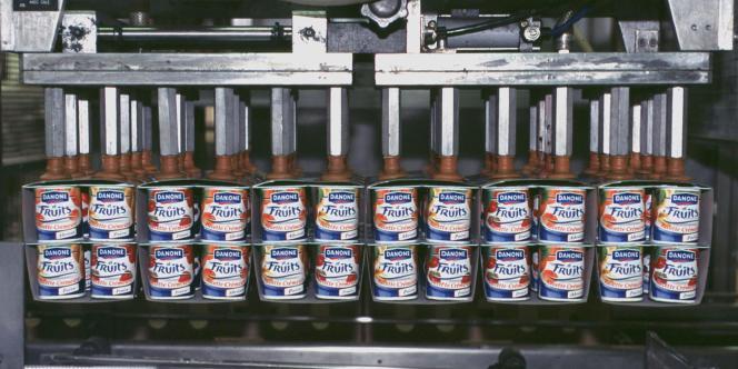 Le groupe français d'agroalimentaire prend 9,9 % du groupe chinois Mengniu, l'un des grands du secteur dans ce pays, et crée avec lui une coentreprise dans les produits laitiers frais.