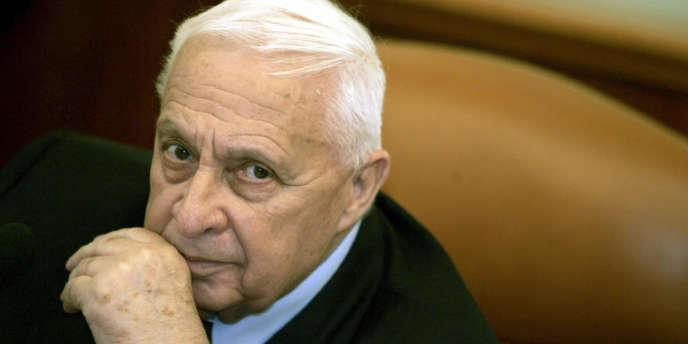 Selon la radio militaire israélienne, l'ancien premier ministre israélien Ariel Sharon souffrirait de graves problèmes rénaux.