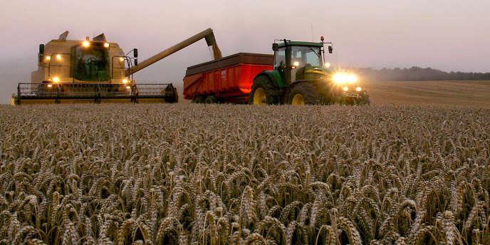En août 2009, le ministre de l'agriculture, Bruno Le Maire, avait annoncé que les producteurs de fruits et légumes devraient rembourser les aides publiques qui leur avaient été versées entre 1992 et 2002.