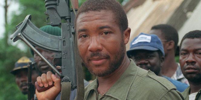 Charles Taylor lors de la rébellion contre le président Samuel Doe, en mai 1990.