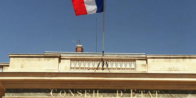 Le fronton du Conseil d'Etat, à Paris.