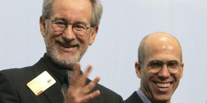 Le réalisateur Steven Spielberg (à gauche) et le PDG de DreamWorks Animations, Jeffrey Katzenberg.