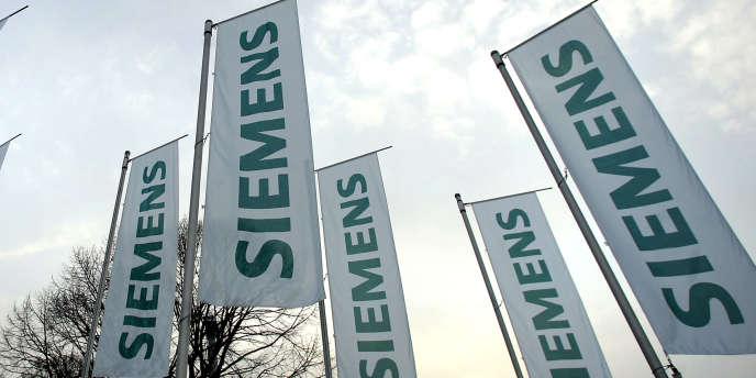 Siemens emploie quelque 280 salariés, principalement en Israël. Il avait acheté en octobre 2009 la société israélienne de solaire thermique Solel Solal, pour 284 millions d'euros, qui compose encore aujourd'hui une grande partie de ses activités dans le solaire.