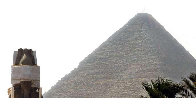 L'étude de la tombe de Senebkay pourrait révéler que les Hyksôs – un peuple sémite venu du sud de la Syrie actuelle et qui a envahi puis dirigé l'Egypte au XVIIIe siècle av. J.-C. – n'ont pas régné sur la totalité de l'Egypte.