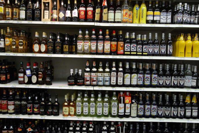 En France, l'alcool serait responsable de 49000 morts par an.