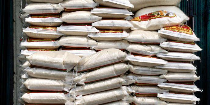 la Chine a annulé l'importation depuis 2013 de centaines de milliers de tonnes d'une variété de maïs transgénique américain au prétexte qu'il n'avait pas été inspecté.