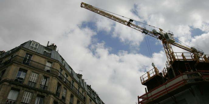 Le nombre de mises en chantier a baissé en France en 2013.