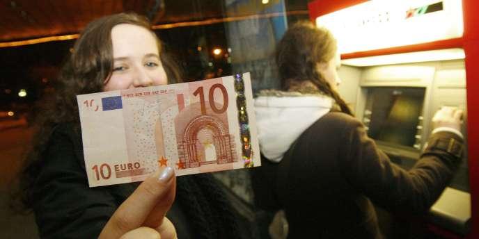 Sous l'onglet « Actualités » de Google, le 10 correspond à la 10e saison de la série «Bone » ou au nouveau billet de 10 euros...