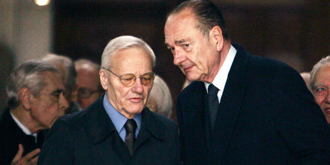 Pierre Mazeaud avec Jacques Chirac, le 3 avril 2006, lors d'une messe en hommage à Georges Pompidou.
