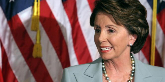 Les femmes, comme Nancy Pelosi, ancienne présidente de la Chambre des représentants aux Etats-Unis, se comportent-elles comme les hommes en politique ?