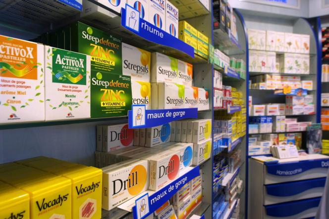 Pharmacie à Paris.