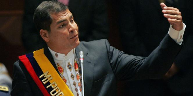 L'économiste, Rafael Correa, a pris officiellement, lundi 15 janvier 2007, à Quito, la présidence de l'Equateur.