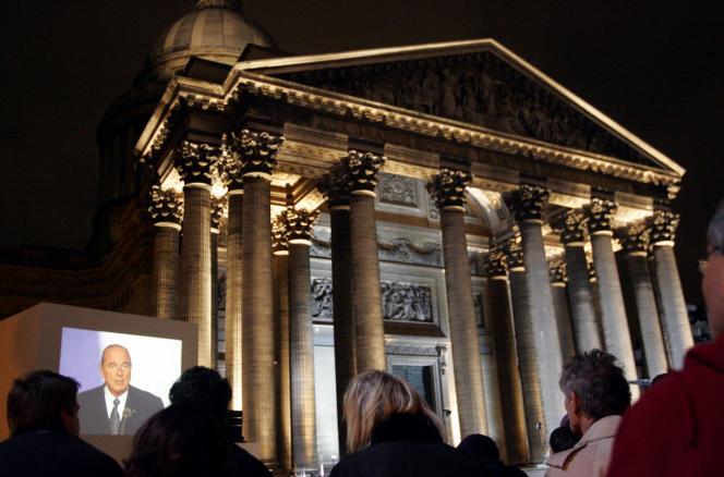 Jacques Chirac pendant l'hommage rendu, aux Justes qui, en France, ont sauvé des milliers de juifs pendant la seconde guerre mondiale.