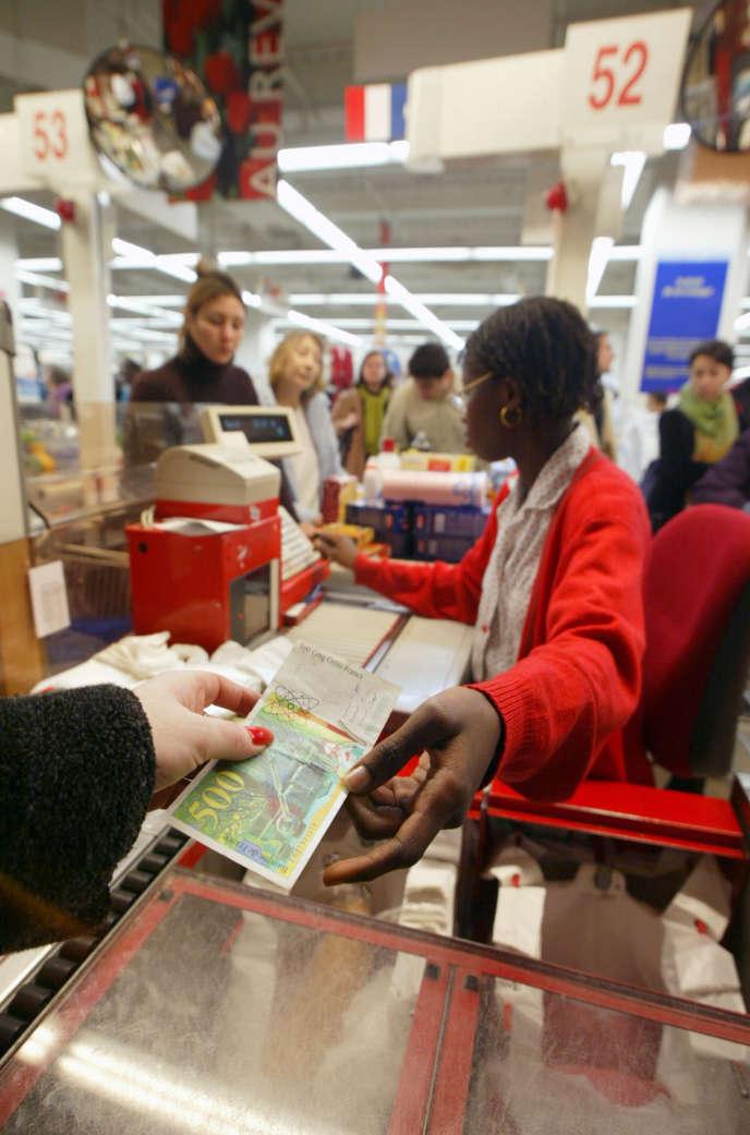 Sandi Mann, l'une des deux chercheuses britanniques en psychologie de l'université du Central Lancashire,  a eu l'idée d'étudier le sujet de l'ennui en observant les comportements de salariés d'un supermarché.