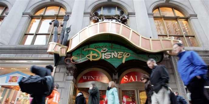 Euro Disney aurait illégalement enquêté sur des candidats à l'embauche entre 1997 et 2004.