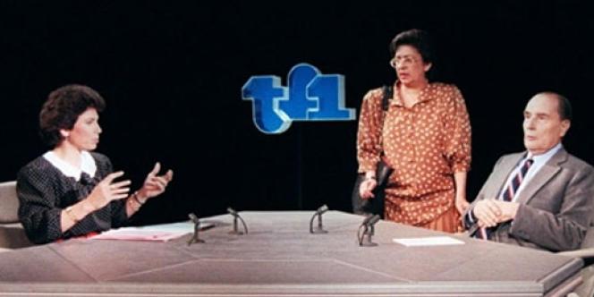 TF1. Anne Sinclair reçoit François Mitterrand le 29 mars 1987.