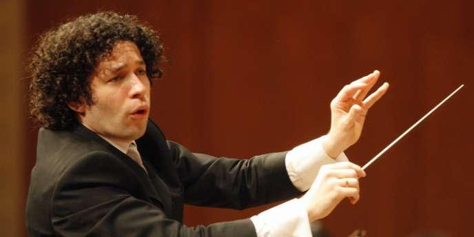 Le chef d'orchestre vénézuélien Gustavo Dudamel à Lucerne, en Suisse, le 28 mars 2007.