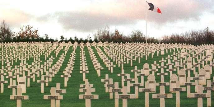 Le cimetière militaire de Craonnelle, près de Craonne, qui fut l'un des lieux les plus sanglants des batailles du Chemin des Dames de la guerre 1914-1918.