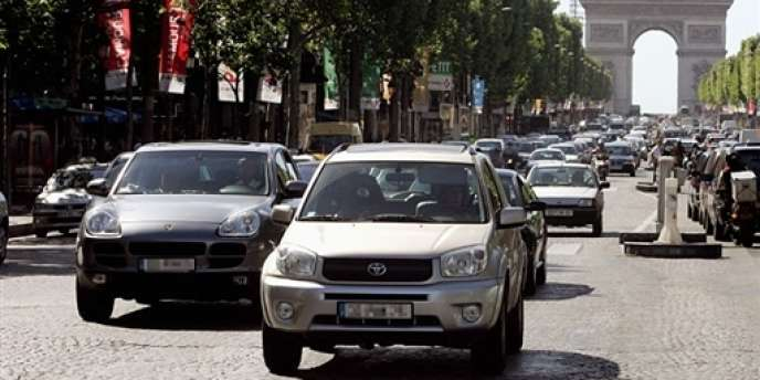 A Paris, les 4×4 pourraient se voir interdire l'accès aux Champs-Elysées.