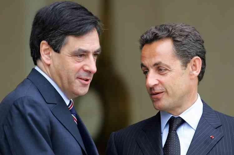 Le budget 2008, premier budget de la présidence Sarkozy, est rigoureux sur l'évolution des effectifs de l'Etat, mais prudent sur ses objectifs de désendettement.