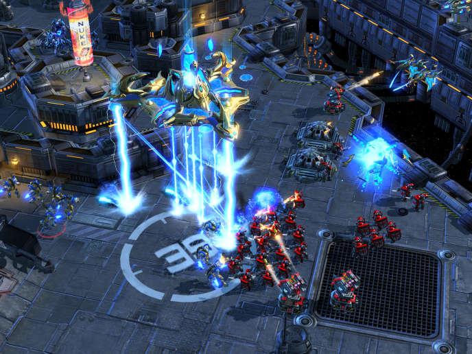 «StarcraftII» est un jeu de stratégie mettant aux prises trois peuples dans une guerre interplanétaire.
