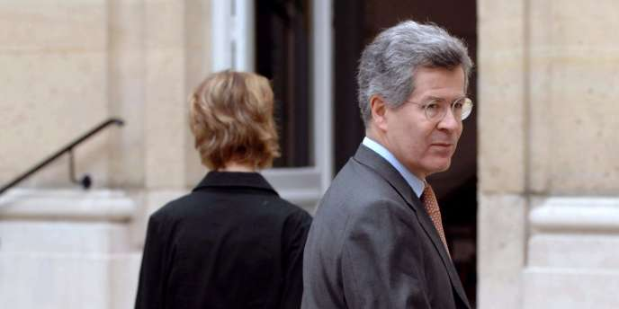 Le conseiller diplomatique de l'Elysée Jean-David Levitte, 65 ans, a décidé de prendre sa retraite politique.