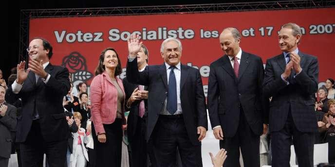 Les ténors du Parti socialiste en meeting commun, le 29 mai 2007, au Zénith de Paris.