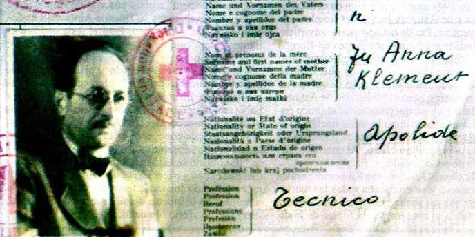 Reproduction du passeport retrouvé à Buenos Aires le 29 mai 2007 au nom de