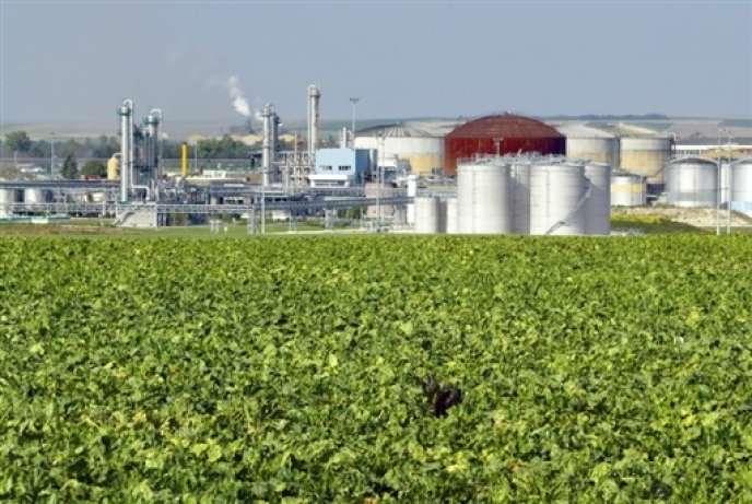 La sucrerie-distillerie d'Arcis-sur-Aube, dans l'Aube, produit 1,5 million d'hectolitres d'éthanol par an.