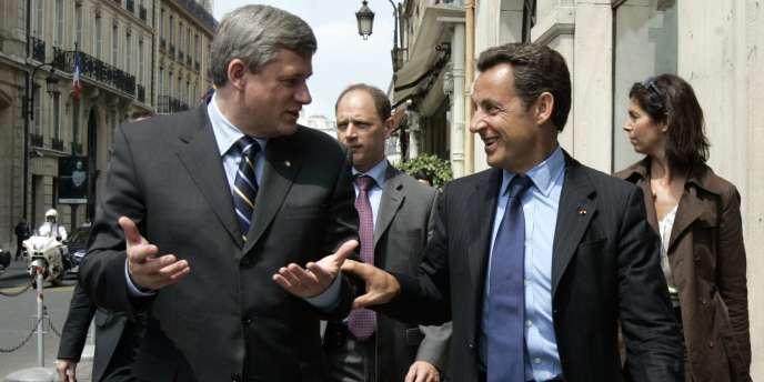Nicolas Sarkozy et le premier ministre canadien Stephen Harper, à Paris en juin 2007.