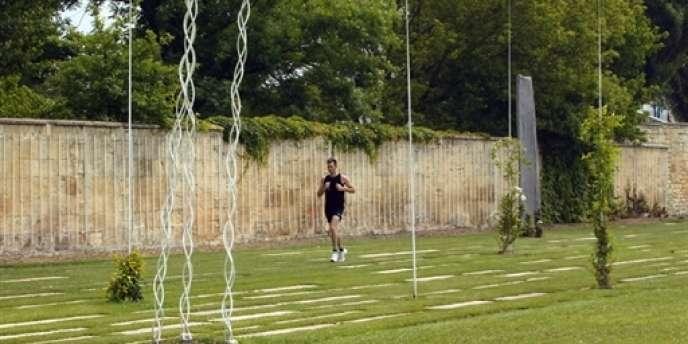 Les personnes qui pratiquent une activité physique se portent mieux que celles qui sont sédentaires.