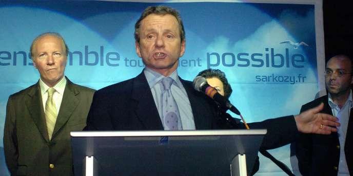 Alain Carignon en meeting à Grenoble, en présence du ministre Brice Hortefeux, le 7 juin 2007.