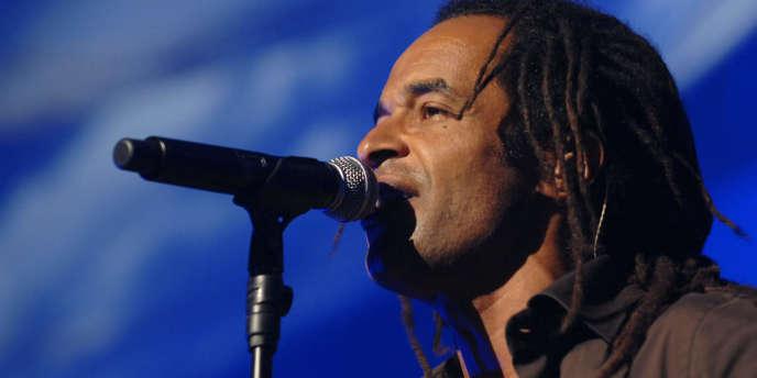 Le chanteur Yannick Noah en concert, le 10 mai 2007.