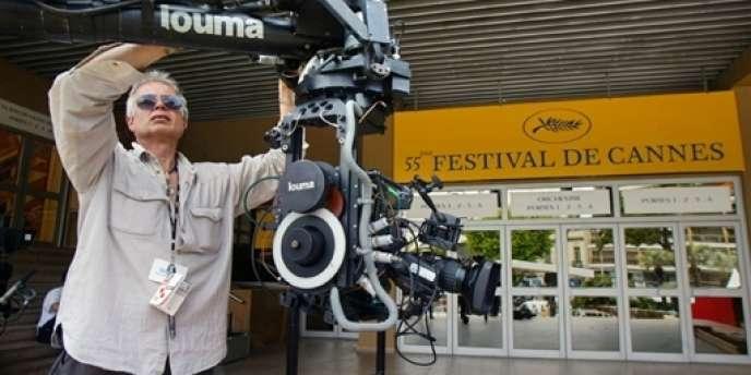 Des grèves à répétition, menés par les techniciens du cinéma, menacent les tournages.