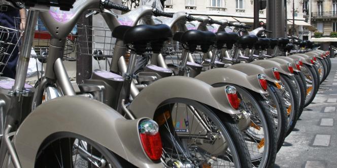 Le design du Vélib' a été réalisé par Patrick Jouin, qui figure dans l'