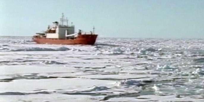 Le bateau de recherche russe