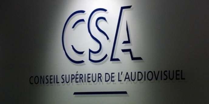 Il s'agit de prévoir un dispositif de révocation des dirigeants par le CSA, par exemple pour des cas d'incapacité ou de procès pénal, que le projet de loi initial n'explicitait pas.