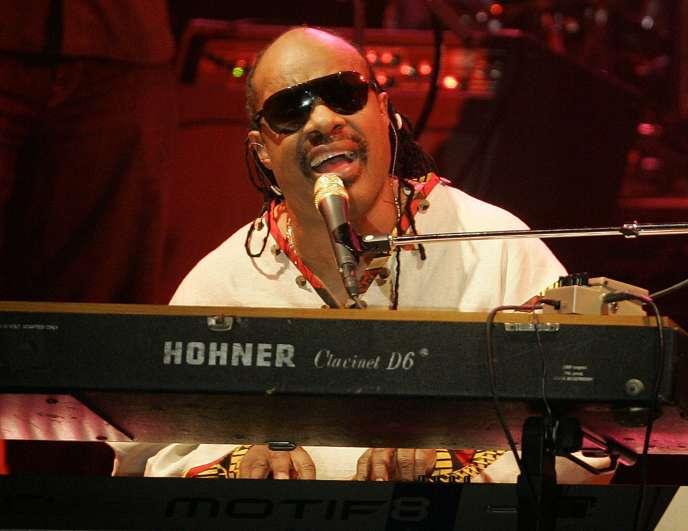 Stevie Wonder a publié «Pastime Paradise» en 1976, sur l'album «Songs in the Key of Life».