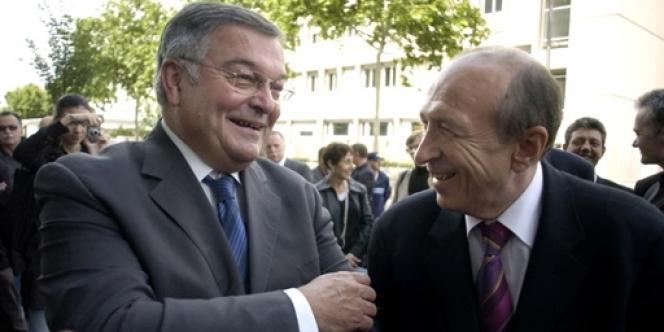 Michel Mercier (à gauche) et Gérard Collomb en juin 2007.