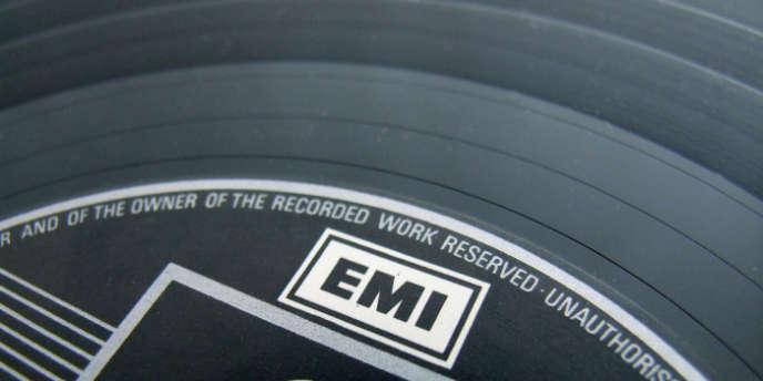 Le disque vinyle revient à la mode.