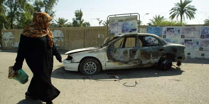 Le 16 septembre 2007, cinq gardes privés américains, salariés par Blackwater, ouvraient le feu en plein centre de Bagdad. La photo a été prise sur les lieux de la fusillade huit jours après.