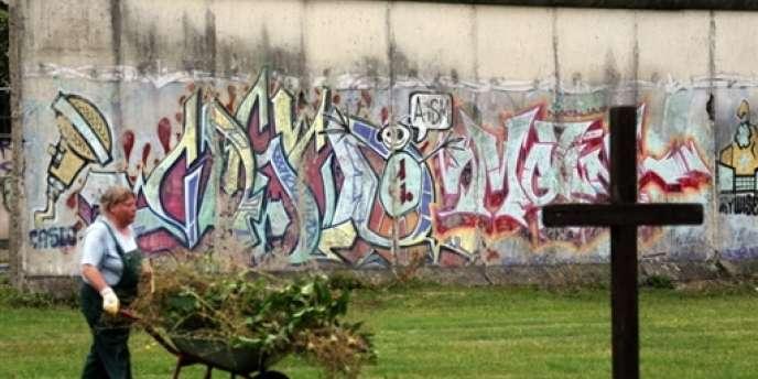 L'une des sections du mur de Berlin en août 2007.