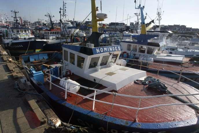 En 2006, Bruxelles avait interdit aux pêcheurs de la petite île irlandaise d'exploiter le saumon. Les habitants ne l'ont jamais accepté.