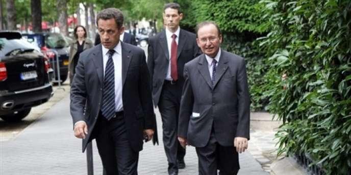Raymond Soubie (à droite), conseiller de Nicolas Sarkozy sur les questions sociales, était arrivé à l'Elysée en 2007.