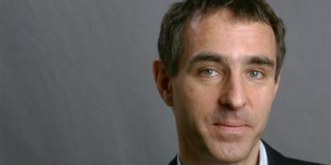 Le psychiatre David Servan-Schreiber à Marseille, le 13 novembre 2004.