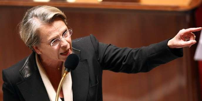 Michèle Alliot-Marie, lors de la séance de questions à l'Assemblée nationale, mardi 27 novembre 2007.