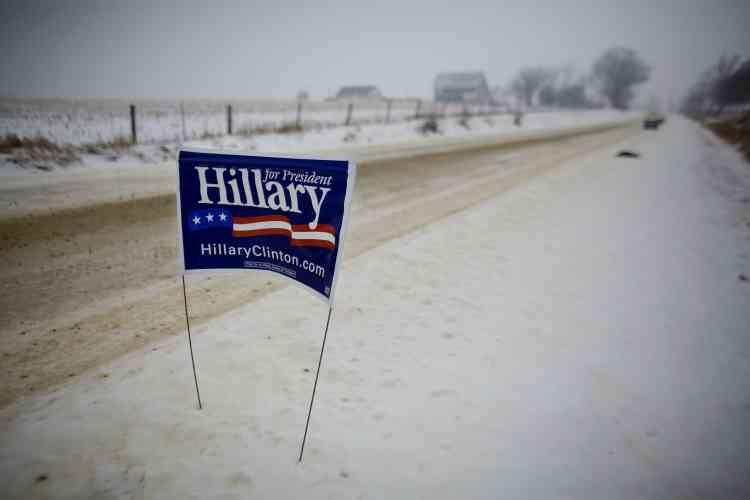 Ces intempéries vont poser des problèmes aux vacanciers à la veille des fêtes de Noël ainsi qu'aux candidats à l'élection présidentielle qui démarre le 3 janvier avec une première confrontation dans l'Iowa.