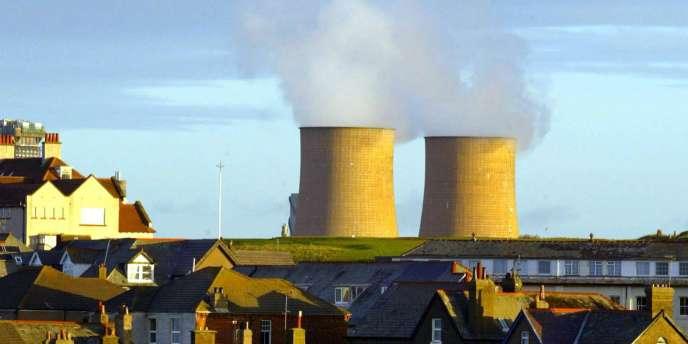 S'ouvre maintenant une décennie qui va permettre d'enfouir localement les déchets radioactifs de moyenne activité, avant une attente de soixante ans pour que ceux-ci perdent une partie de leur dangerosité.